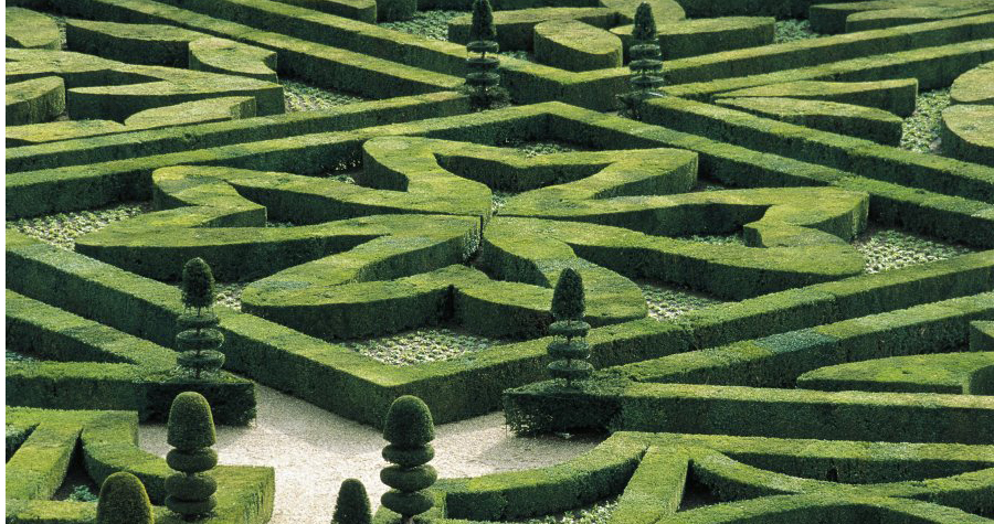 UNSPECIFIED - CIRCA 2004: France, Centre, Loire Valley, Villandry Castle, gardens. (Photo By DEA / F. CARASSALE/De Agostini/Getty Images)