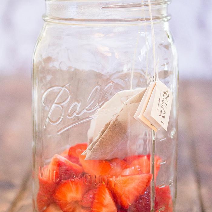 Strawberry-Tea-Syrup700x700