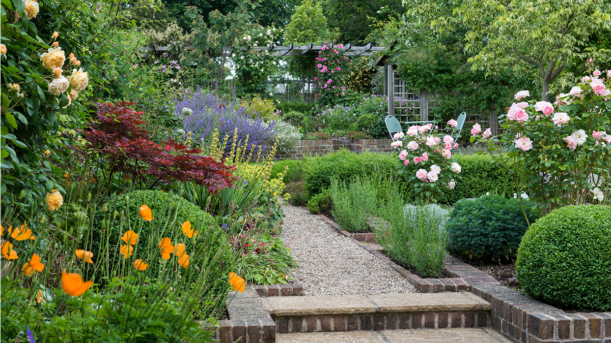 Get The Look English Cottage Garden Zone 8 11 Grow Beautifully